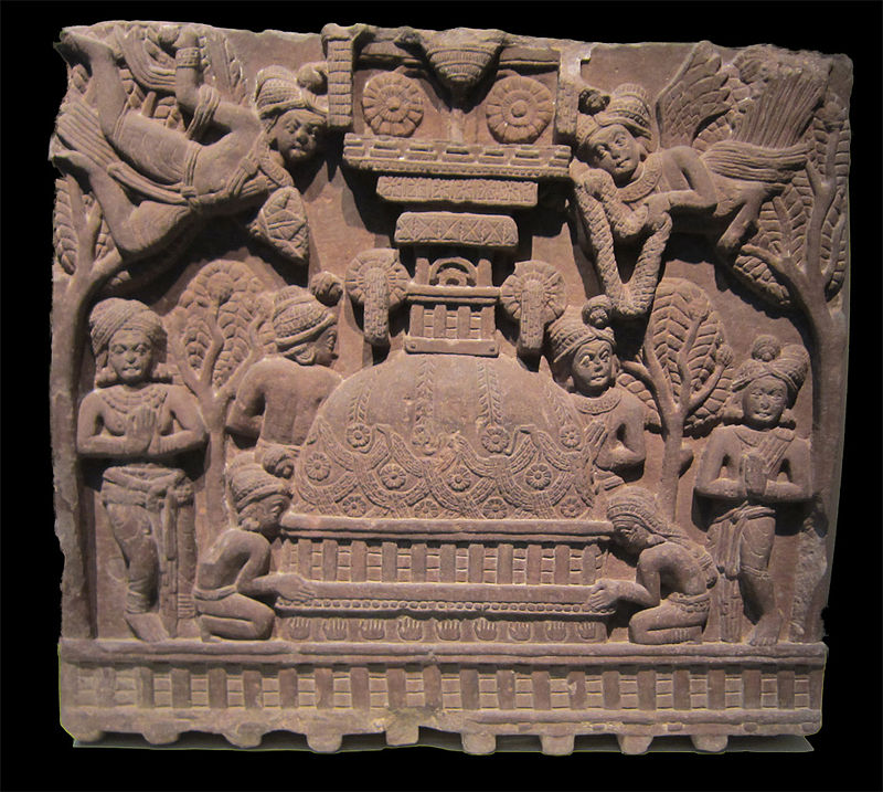 Worship at a stupa, found in the Bharhut stupa. Credit: Douglas Galbi/Wikimedia Commons CC BY 3.0