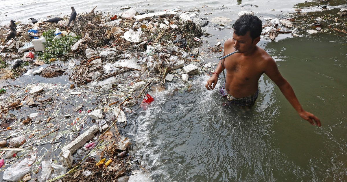 Watch | Sewage Flows Directly into Ganga in Kanpur