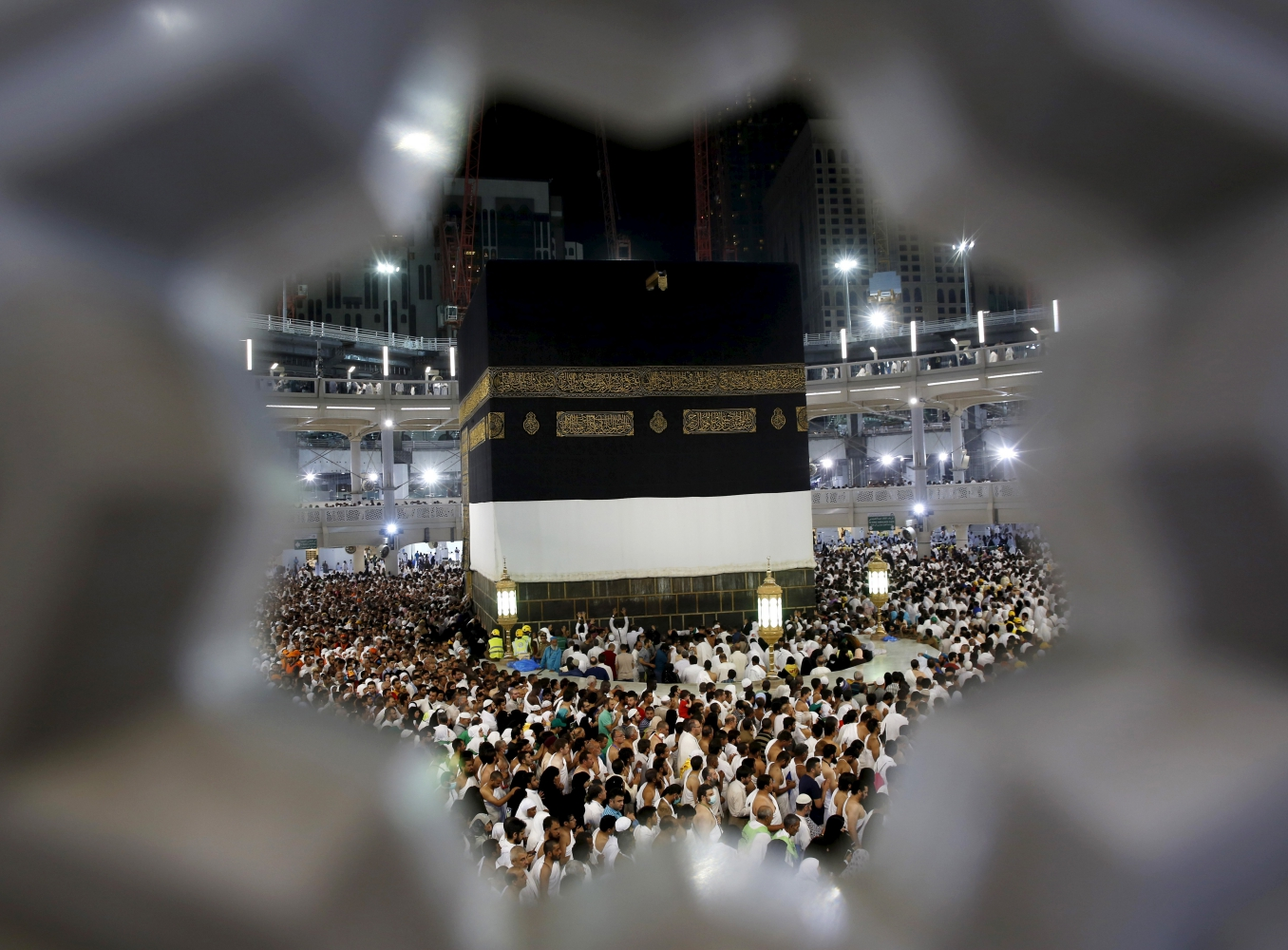 The Long and Short of Modi's Claim About 'Allowing' Haj for Indian Women