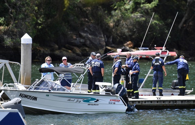 Six Killed in Sydney Seaplane Crash, Wreckage Lifted from Sydney River