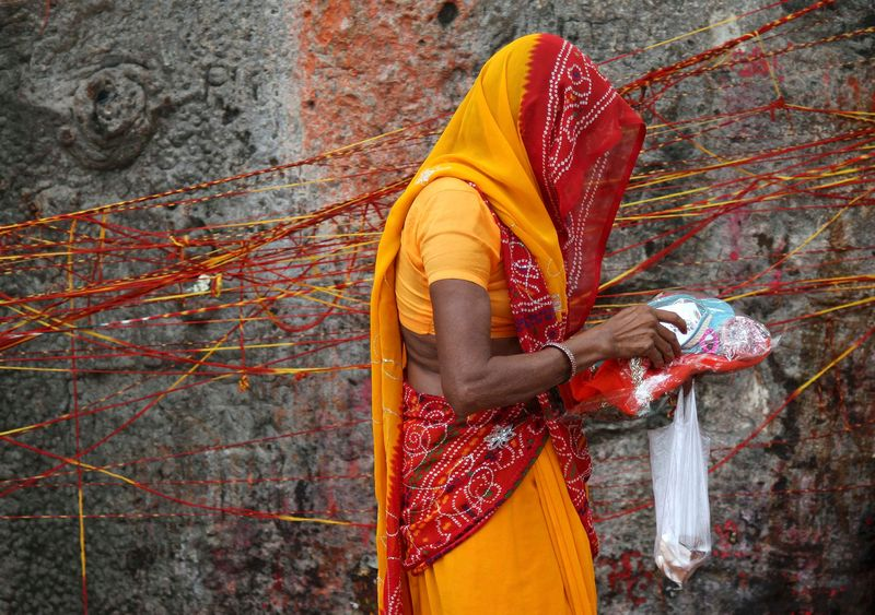 In Rajasthan, more than 98% of Hindu woman said they practice ghunghat. Credit: Reuters
