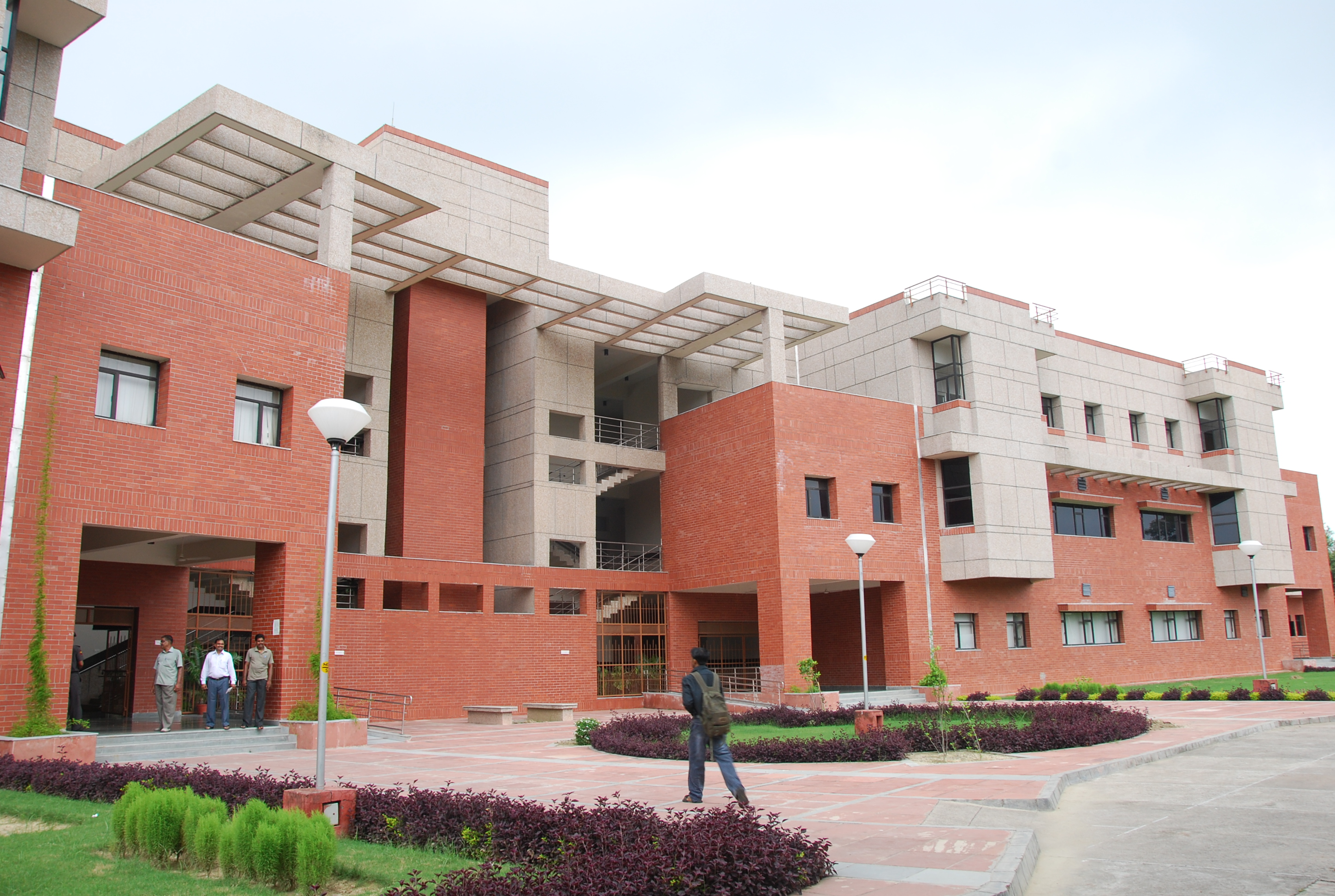 Why the IIT Kanpur Report on UP's COVID-19 Crisis Was Dishonest – The Wire Science