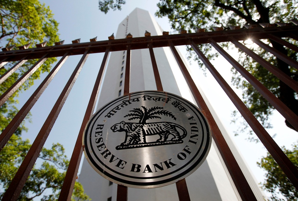 In Blow to Banks, RBI Tightens Rules Around State Bond Valuations