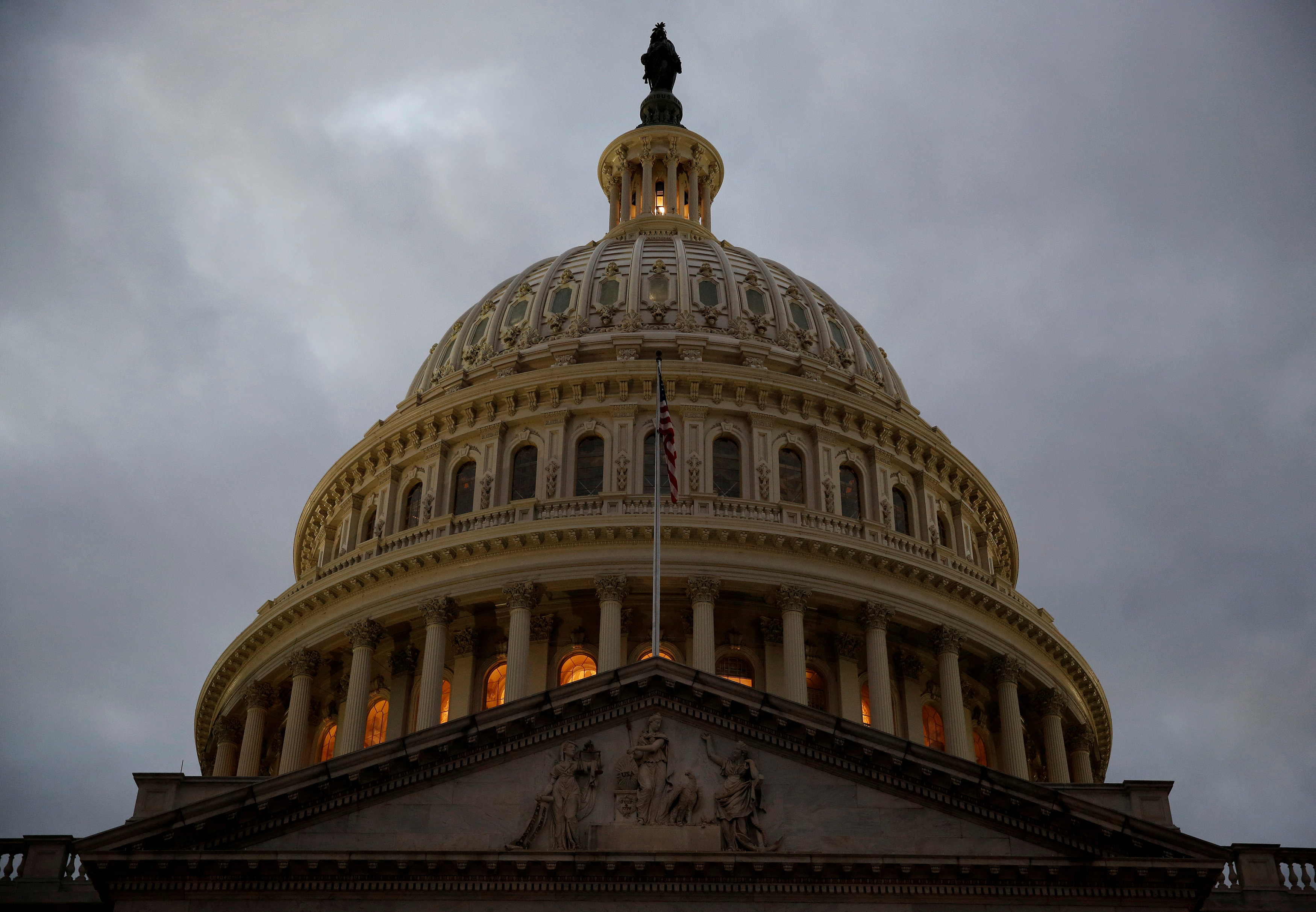 US Republicans Scramble for Votes in Congress to Keep Government Open