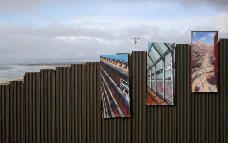 US Democrats Withdraw Offer to Fund Trump's Border Wall