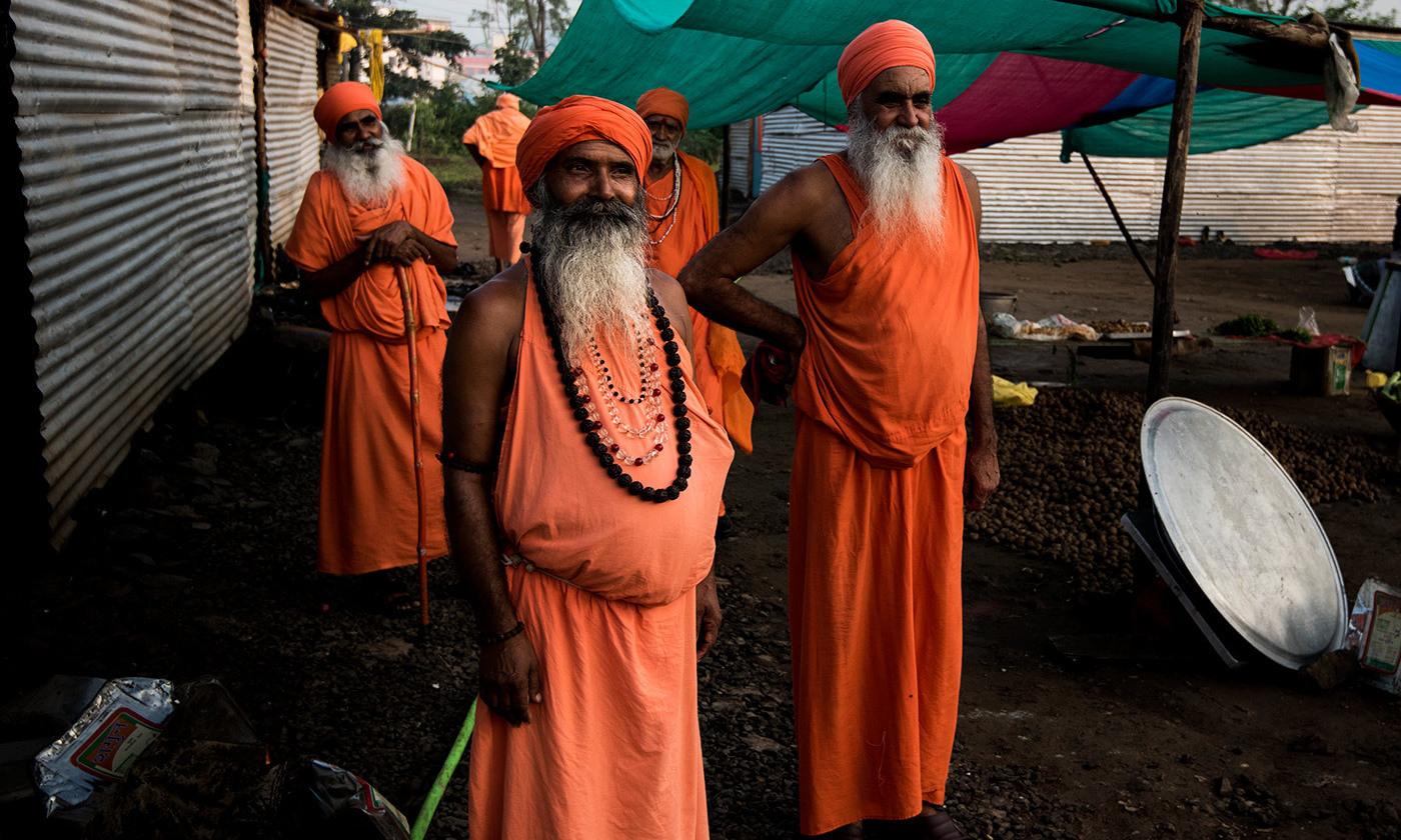 frontier hindu personals The ashkenazi jewish shadchanor the hindu astrologerwere often thought to  social danceespecially in frontier  sex personals | inbox.