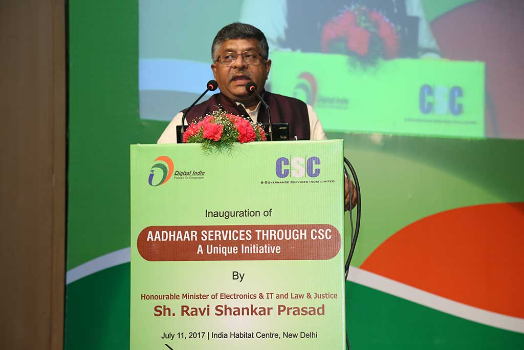 IT Minister Ravi Shankar Prasad at a CSC-Aadhaar event in 2017. Credit: CSC e-Gov