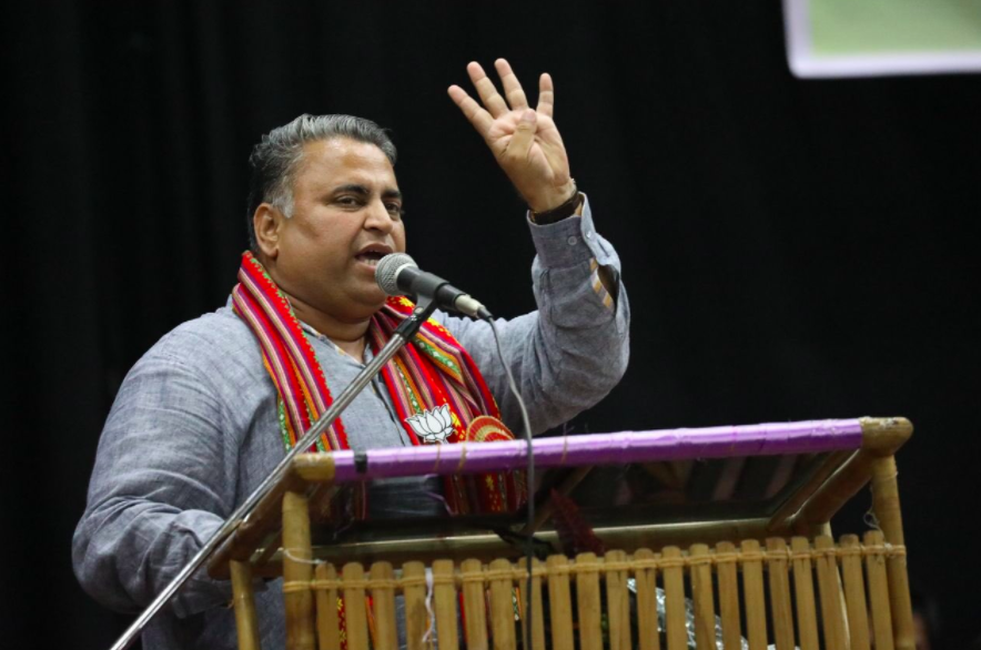 Sunil Deodhar addressing youth at a event in Agartala. Credit: Twitter/@Sunil_Deodhar