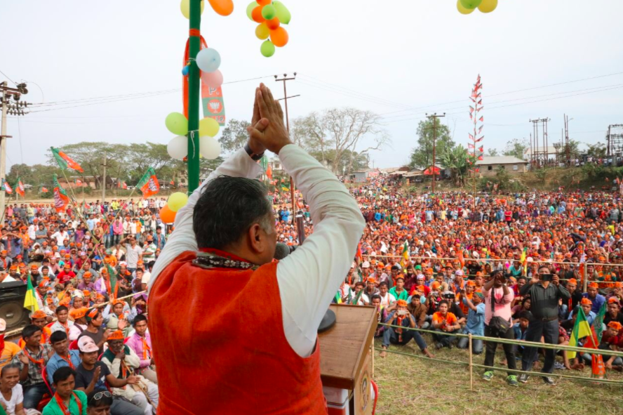 Sunil Deodhar addressing youth a rally in Tripura. Credit: Twitter/@Sunil_Deodhar