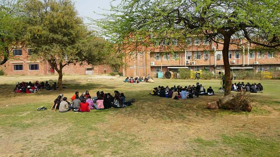 JNU Considering Action Against Deans, Chairpersons Who Spoke Out Against Compulsory Attendance