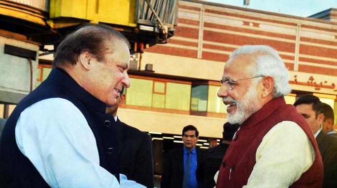 PM Modi's Hug for Nawaz Sharif in 2015 Cost India Rs 2.86 Lakh, RTI Reveals