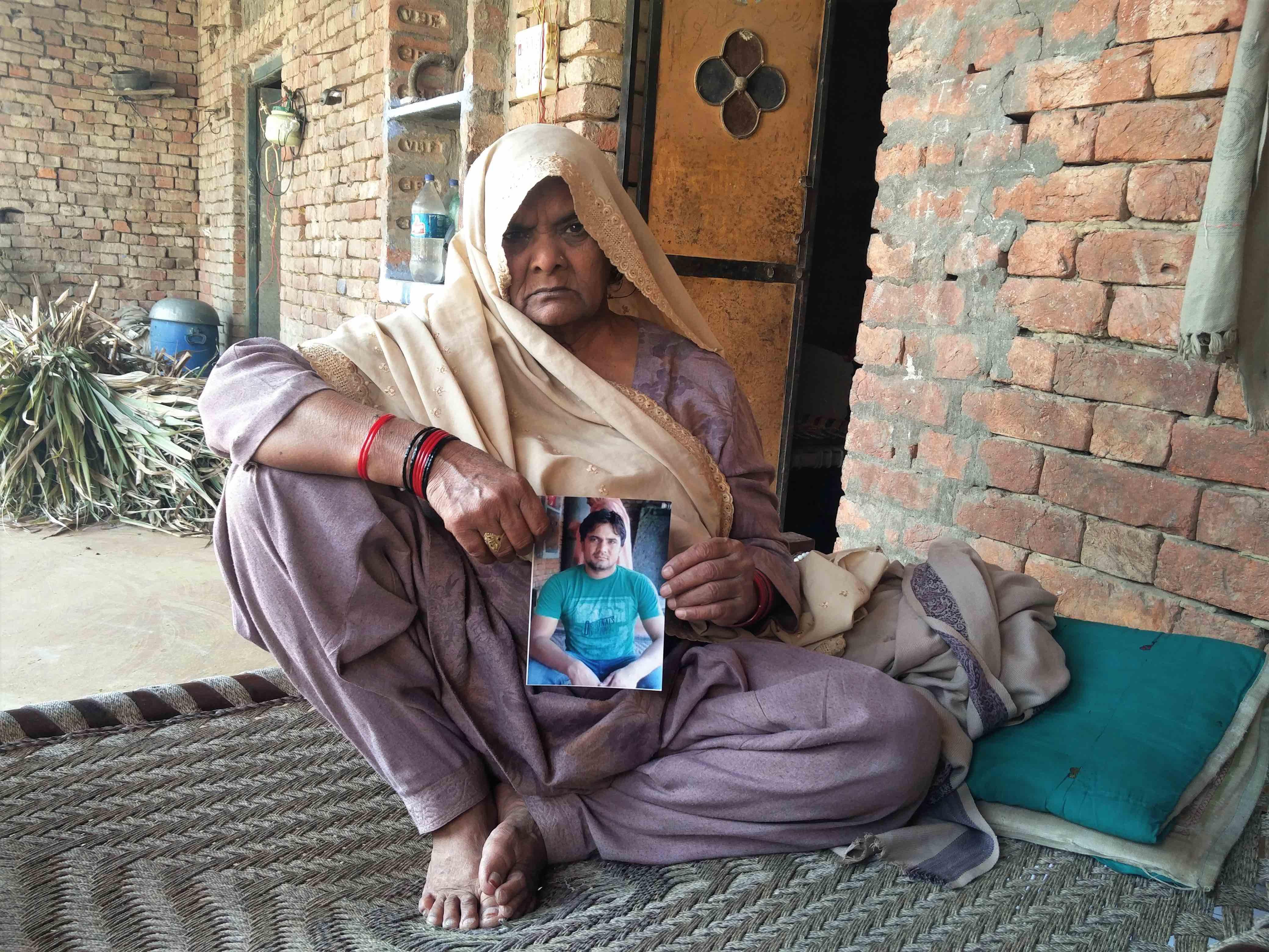 Raeesa, Naushad's mother. Credit: Neha Dixit
