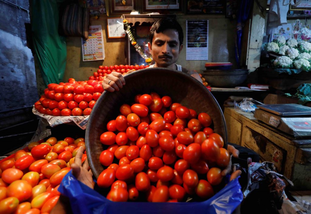 India's February Wholesale Inflation Eases for Third Straight Month