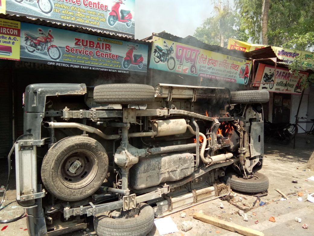 A damaged vehicle in Meerut. Credit: Munish Kumar