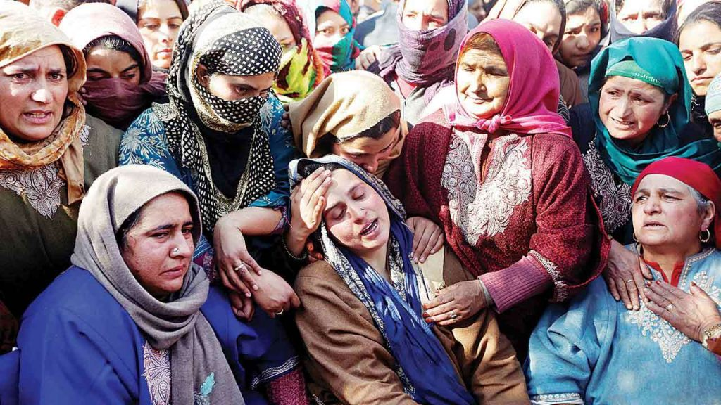 Relatives of a youth killed in a Shopian encounter. Credit: Reuters