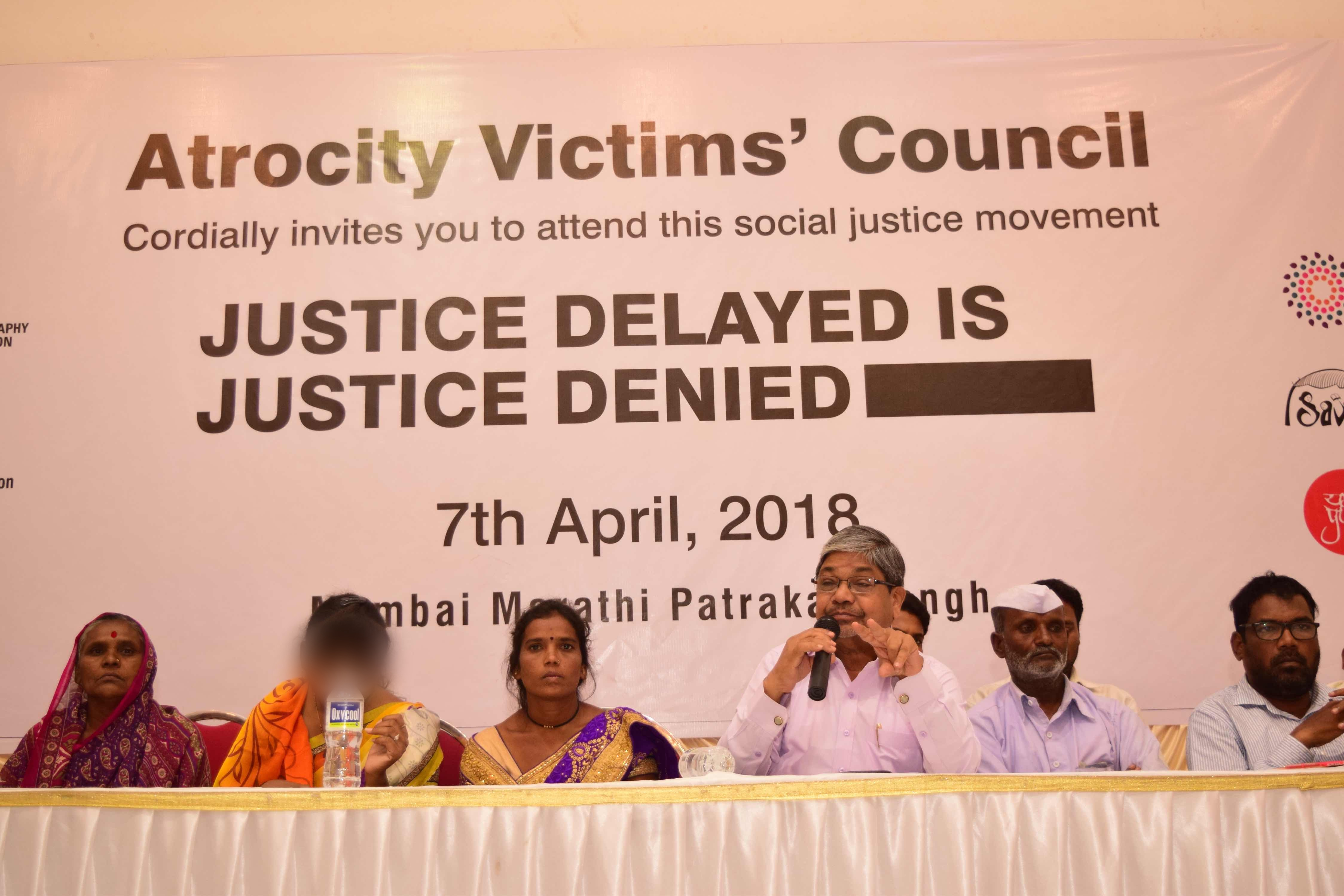Victims of caste atrocity speak at the 'caste victims' council' organized in Mumbai. Credit: Aparna Olwe