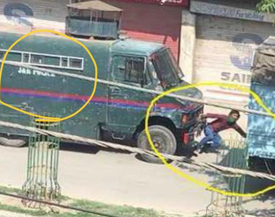Fresh Protests in Kashmir After Police Use Vehicle to Ram Stone Pelter