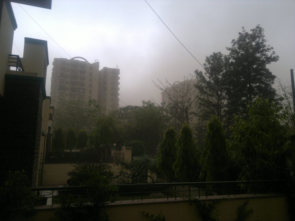 Massive dust storm hits Delhi, heavy rain predicted across India