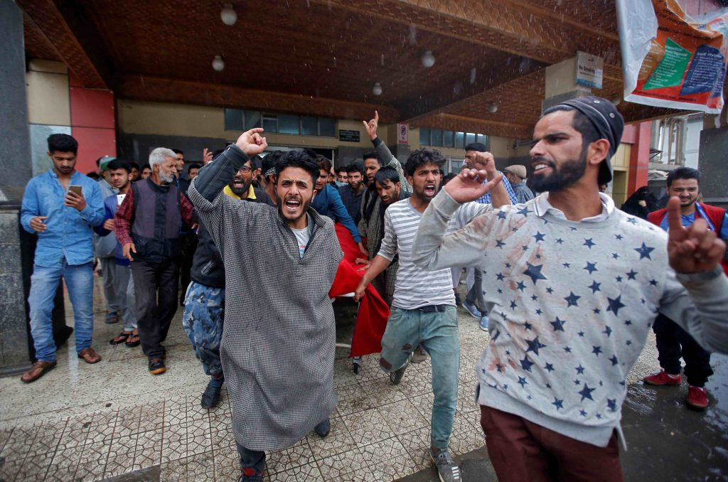 Kashmir Valley Simmers as Hearing on Article 35A in Supreme Court Draws Nearer
