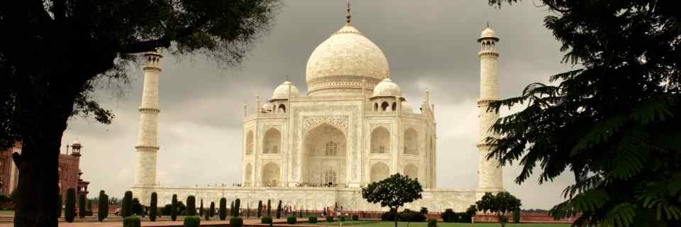 The Taj Mahal, ASI's Paralysis and the Curious Case of the Elusive White