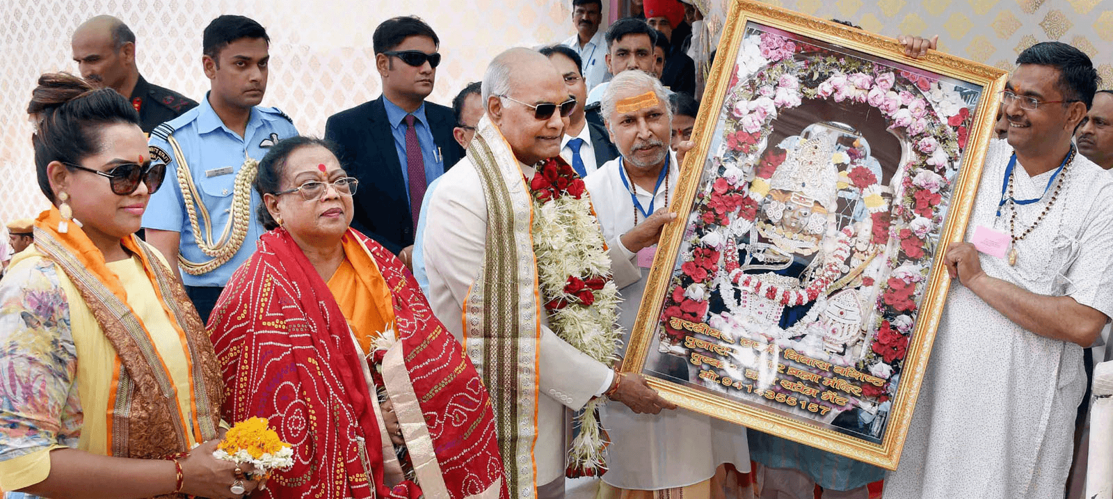 No, the President Was Not Stopped From Entering the Pushkar Temple
