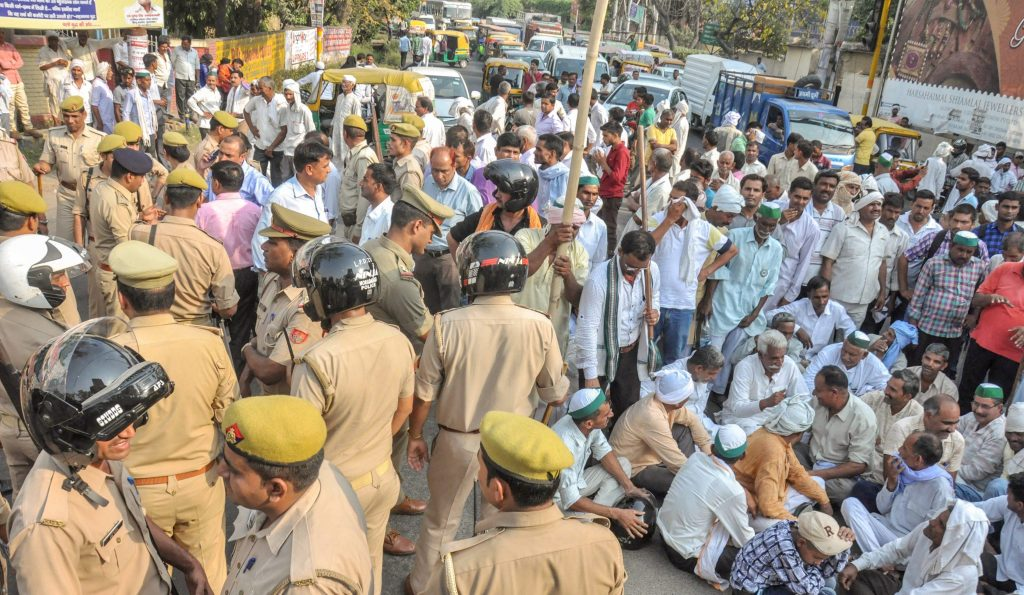 Ten-Day Farmer Strike Begins; Food, Dairy Supplies May be Hit in North India