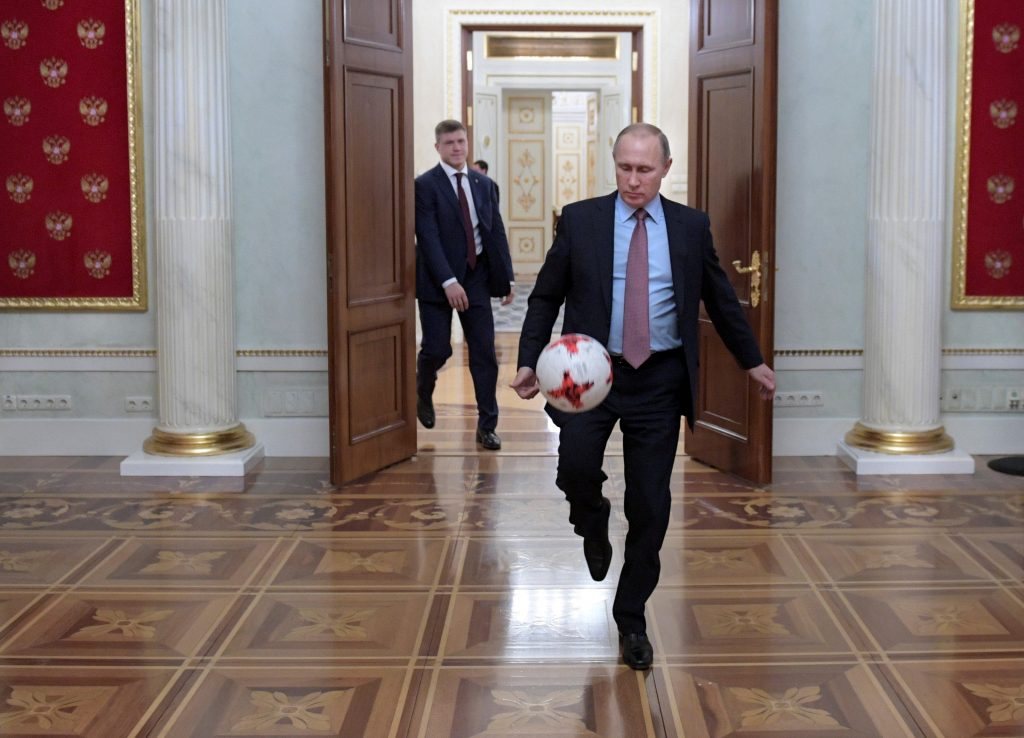 Blatter, ex-FIFA president, meets Russia's Putin at World Cup