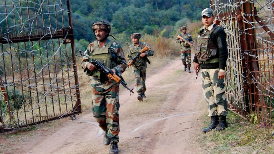 A file photo of soldiers taking position near the Line of Control in Poonch. Credit: PTI