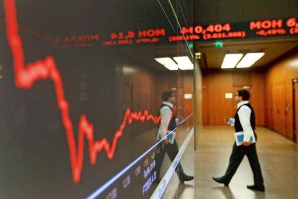 The Original Sin of India's Banking Crisis? A Non-Existent Corporate Bond Market