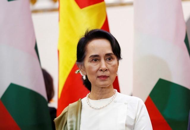 Suu Kyi Blames International 'Hate Narratives' for Deepening Myanmar Conflict