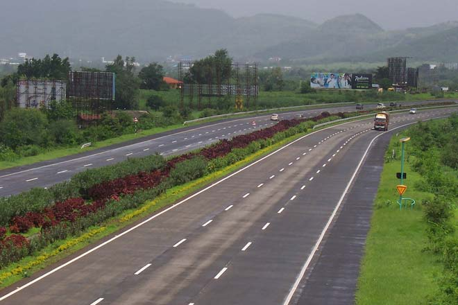 TN Farmers & activists expressed fears over acquiring land for Salem-Chennai Expressway