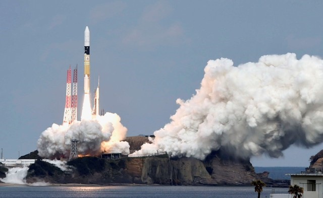 A H-IIA rocket carrying Hayabusa 2 space probe blasts off from the launching pad at Tanegashima Space Center on the Japanese southwestern island of Tanegashima, in this photo taken by Kyodo December 3, 2014. Credit: Kyodo via Reuters/File Photo