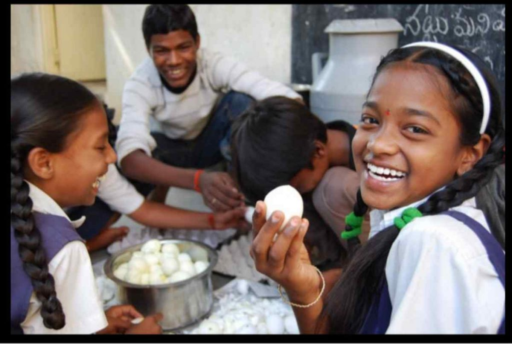 Despite Nutrition Benefits, Most BJP States Keep Eggs out of Mid-Day Meals