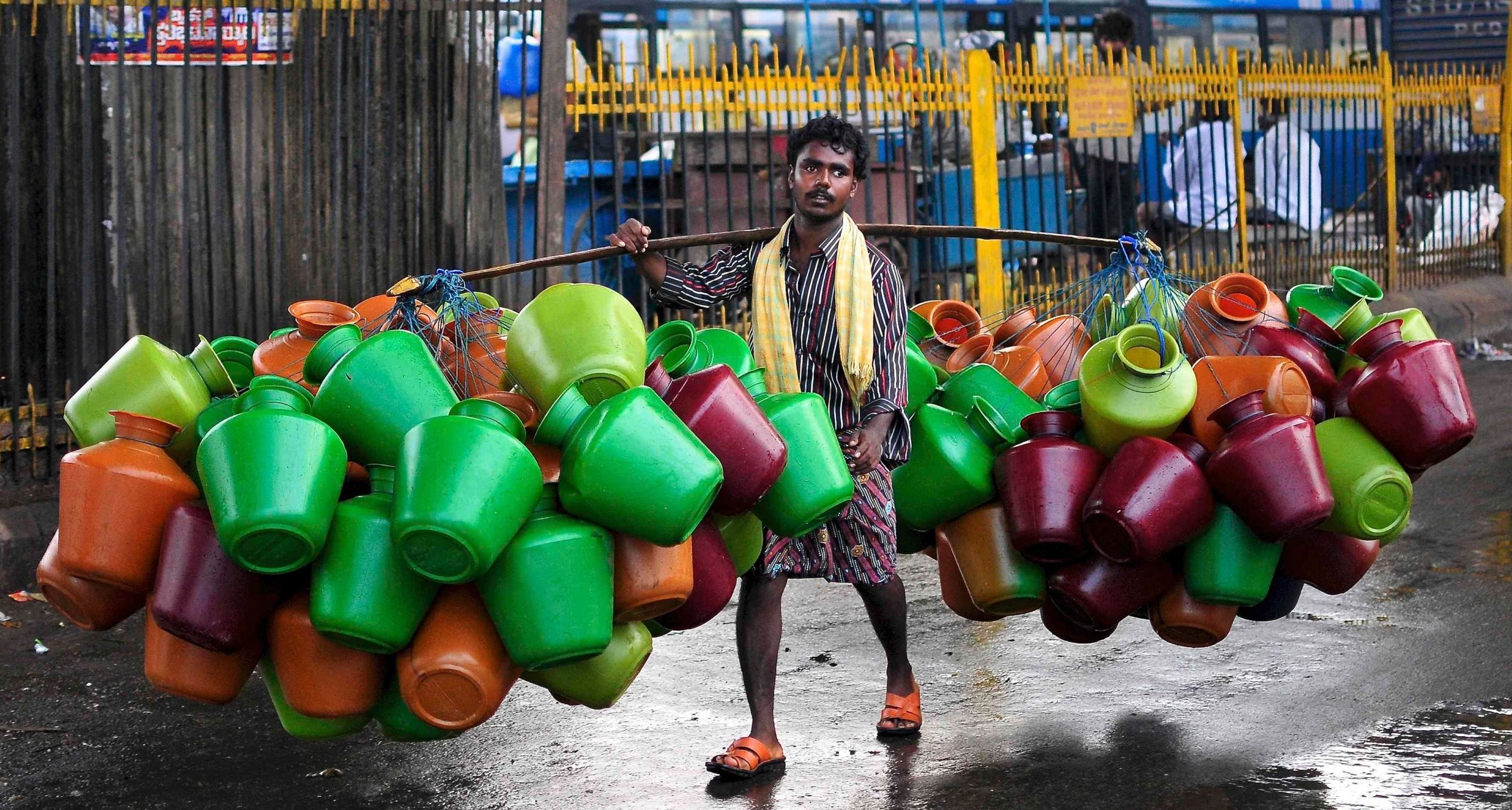 In Parched Bangalore, Low-Income Communities Work Together to Quench Their Thirst