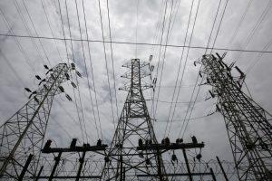 Gujarat Govt Panel Charged With Aiding Tata, Adani, Essar Power Plants to Meet