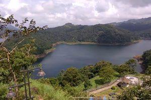Kerala Monsoon Fury Unleashes a Wave of Plastic Waste on Idukki Hydel Reservoir