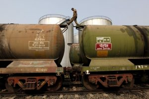 Iran Replaces Saudi Arabia to Become India's No. 2 Oil Supplier