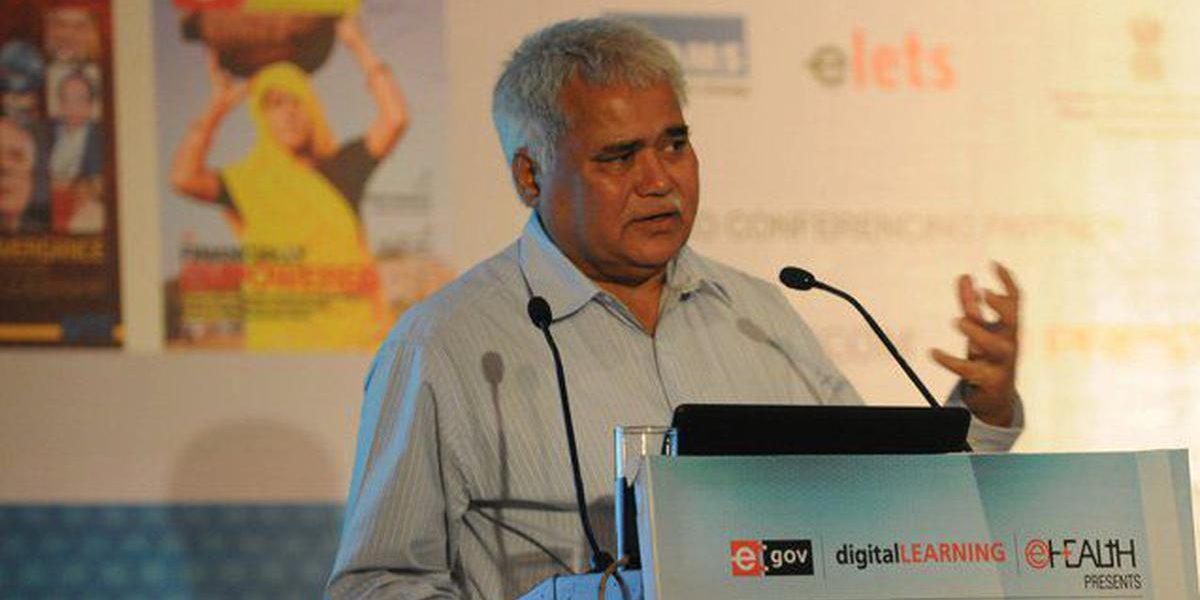 By Revealing His Aadhaar Number, the TRAI Chairman Has Opened a Can of Worms