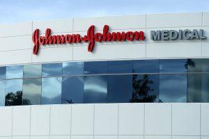 Johnson & Johnson, US States Settle Hip Implant Claims for $120 Million