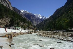 With Hydro Projects in the Himalayas Flouting Norms, Disaster Is an Eventuality