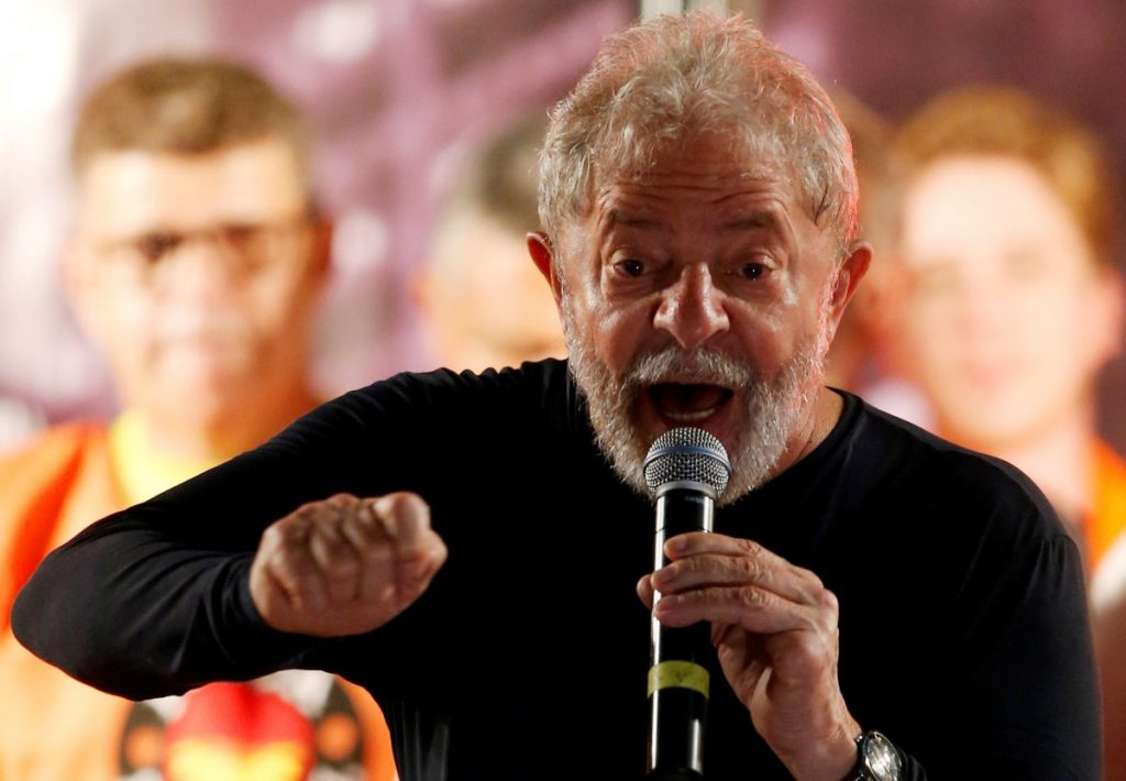 Former Brazilian President Luiz Inacio Lula da Silva speaks during a rally in Curitiba, Brazil, March 28, 2018. Credits: Reuters/Rodolfo Buhrer/Files