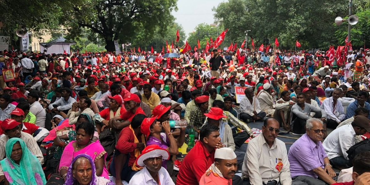 Over One Lakh Farmers and Workers Are Marching in Delhi. Here's Why.