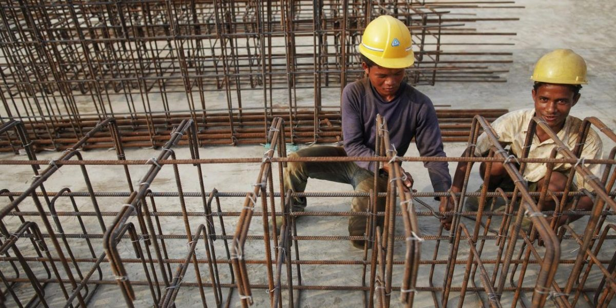 For First Time Since 1993-94, India's Male Workforce Is Getting Smaller: Report