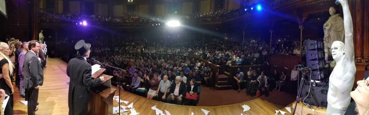 The 2018 Ig Nobel Prize ceremony underway at the Sanders Theatre, Harvard University, Boston. Credit: Improbable Research