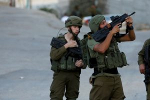 Israeli Military Fires at Palestinians Allegedly Tampering with Gaza Fence, Two Dead