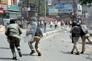 Locals Clash with Police in West Bengal's North Dinajpur, One Killed