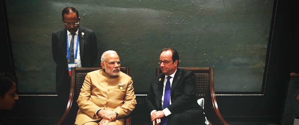 Indian Govt Suggested Reliance as Partner in Rafale Deal, Hollande Tells French Website