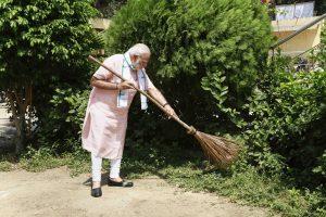 Economic Survey Bats for Mixing Behavioural Economics, Indian Myth and Political Messaging