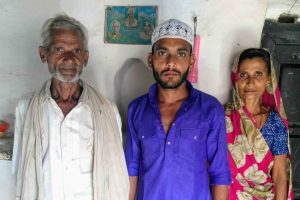 In Today's Polarised India, This UP Village Is the Epitome of Hindu-Muslim Harmony