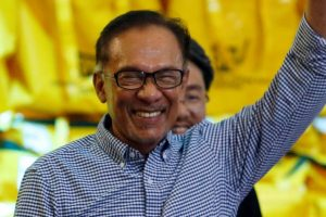 Anwar Ibrahim Wins Malaysia By-Election, Steps Closer to Premiership